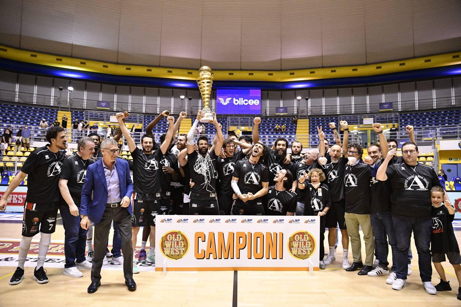 Una Notte da Leoni, Derthona Basket in Serie A